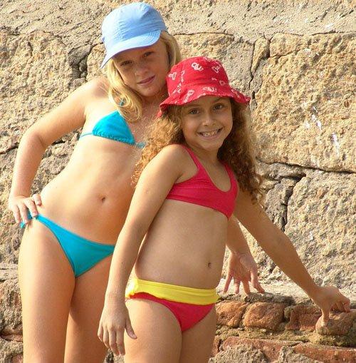 WALS Miniseries - Claudia, Suzi, Adriana